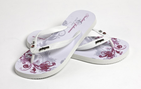 34. Dressy Wedding Flip Flops